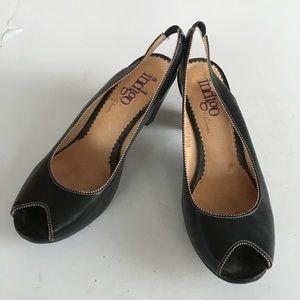 Clarks singleback peep toe leather heel
